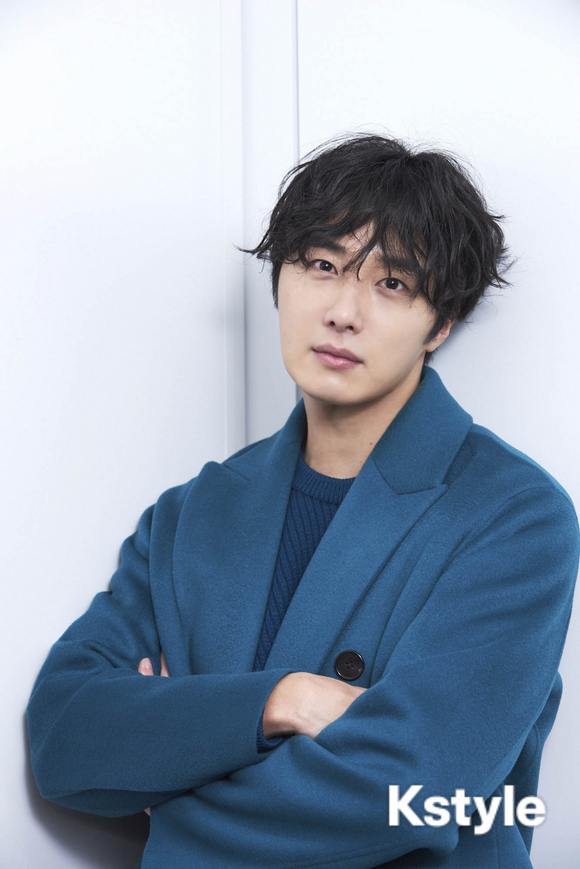 2019-1-9-jung-il-woo-in-kstyle-magazine.-1